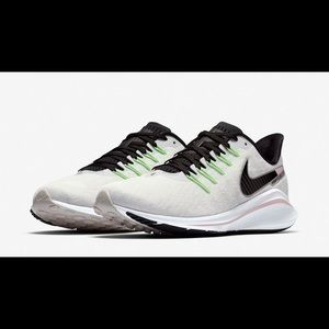 Nike WMNS Air Zoom Vomero 14 Running Shoes